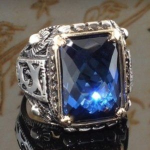 Vintage Thai silver sapphire crystal ring square carved men's domineering ring